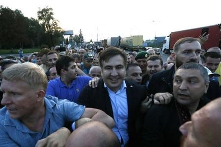 Saakaşvilli Ukraynaya qayıtmağa hazırdır