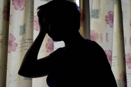 6 uşaq anası Facebook-da tanış olduğu kişi ilə qaçdı
