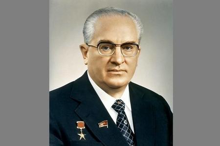 15 il DTK-nın, 15 ay SSRİ-nin rəhbəri olan Yuri Andropov haqqında ən maraqlı 15 fakt