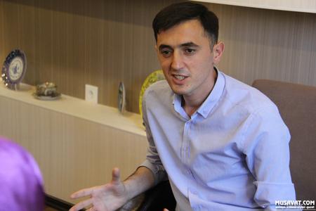 AĞ Partiyanın sədri Tural Abbaslı ile ilgili görsel sonucu