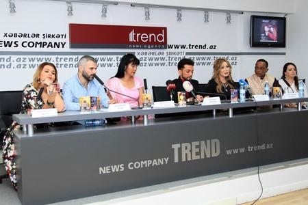 """""""Hindistanın Madonnası"""" Faiq Ağayevlə konsert verəcək - Foto"""