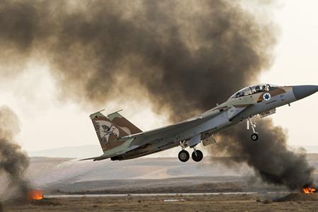 İsrail Qəzza zolağını vurdu, fələstinlilərin blokadası başladı