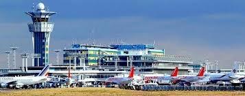 Paris aeroportunda insident baş verib, uçuşlar dayandırılıb, aeroport boşaldılıb