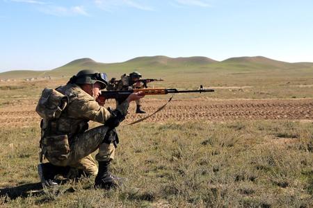 Azərbaycan MN: Ermənistan silahlı bölmələri Füzulidə taxıl sahəsində işləyən kombaynı atəşə tutub