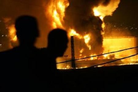 Pakistanda yanacaqdoldurma çəni yanıb, 123 nəfər ölüb