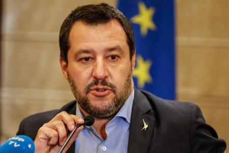 Daxili işlər naziri Fransa prezidentini 14 terrorçunu geri qaytarmağa çağırır