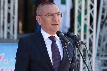 """""""Şəmkirin icra başçısı Fazil Məmmədovu satmağa hazırdır"""" – şok iddia"""