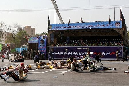 İran Suriyanın şərqinə raket zərbələri endirib