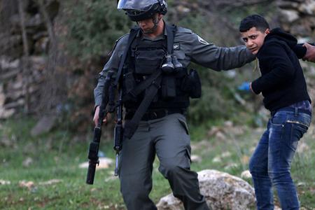 İsrail polisi 16 yaşlı fələstinlini öldürdü