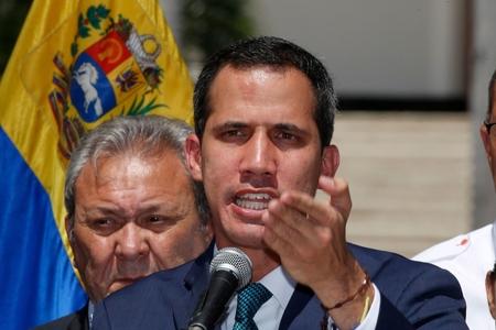 Venesuela hakimiyyəti təlaş içində