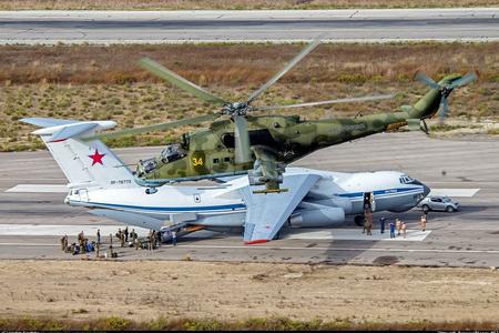 Rusiya Suriyadan 27 döyüş təyyarəsi və helikopterini çıxarıb
