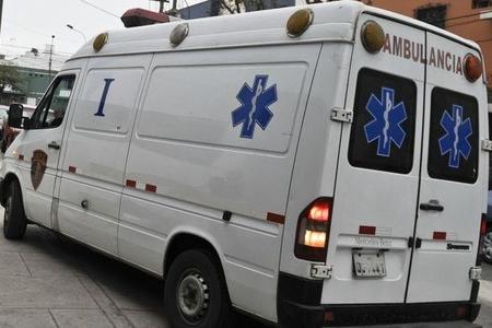 Avtobus dərəyə yuvarlandı - 7 ölü
