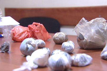 Polis əməliyyat keçirdi - 6 kiloqrama yaxın narkotik dövriyyədən çıxarıldı