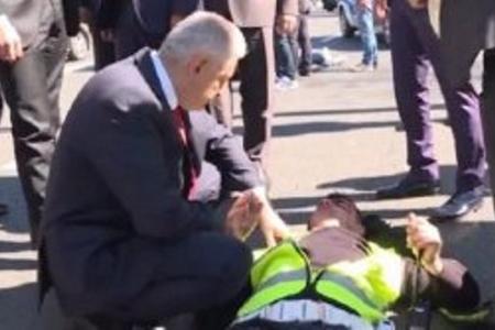 Binəli Yıldırım qəzada yaralananlara yardım etdi