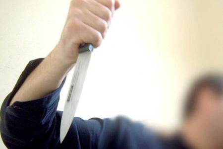 Bakıda şagirdlər arasında dava: Bir nəfər üzündən bıçaqlanıb