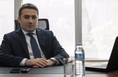 """""""GünayBank""""ın sədr müavini 100 milyonu götürüb ölkədən qaçdı"""
