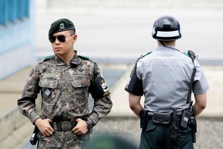 Cənubi Koreya Şimala hərbi danışıqlar keçirməyi təklif edir