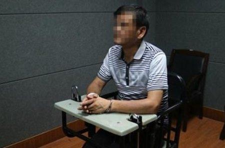 Detektiv yazar 22 il əvvəl 4 nəfəri qətlə yetirdiyi üçün həbs edildi