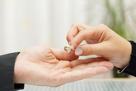 Boşanmalara qarşı dövlət proqramı...varmı?