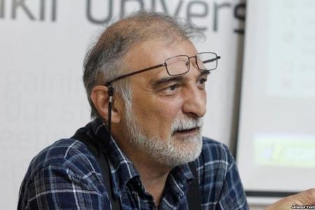 Siyasi şərhçi Hikmət Hacızadə ile ilgili görsel sonucu