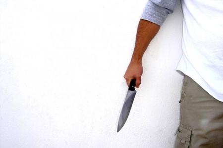 Gəncədə 15 yaşlı oğlan bıçaqlanıb
