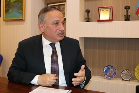 """Əli Əliyev: """"Müxalifətdə hərə özünə iqtidardaxili qrupların yanında sığınacaq axtarır"""""""