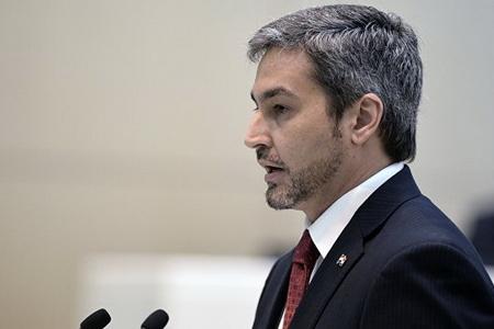 Diktator katibinin oğlu prezident oldu