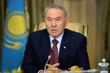 Nazarbayevdən inqilabi addım - kirildən imtina, latına keçid qərarı təqdir olunur