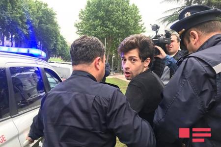 Tiflisdə etiraz aksiyası dayandırılıb, 3 nəfər saxlanılıb
