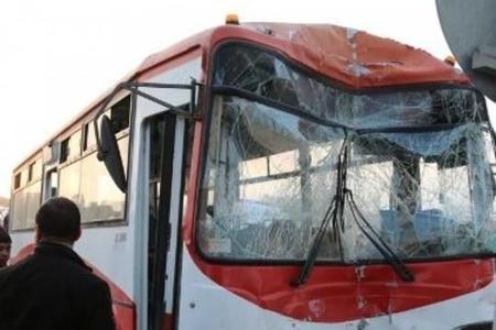 Bakıda avtobus sürücüsü qəza törətdi: ölən var