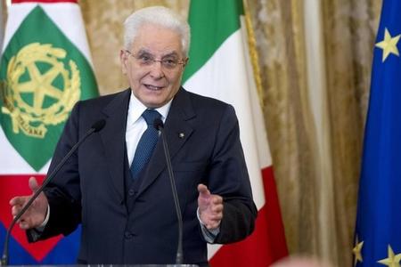 İtaliya prezidenti yeni hökumət yaratmaq üçün məsləhətləşmələrə başlayacaq