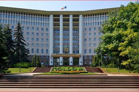 Moldovada parlament seçkilərinin vaxtı müəyyənləşib