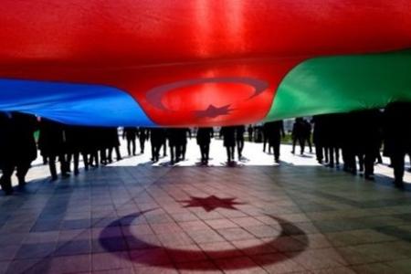Dünya Azərbaycanlıları Həmrəylik Gününü qeyd edirlər