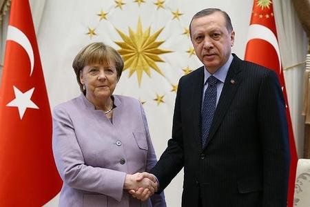 Merkel Ərdoğanı Berlinə dəvət etdi