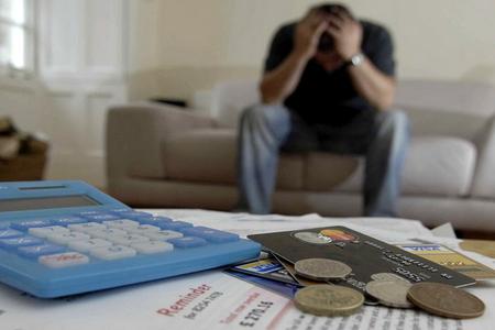 Problemli kreditlər mövzusu - hamının qulağı səsdədir