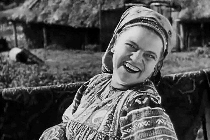 elena-maksimova-sovetskaya-aktrisa-kotoraya-ne-poboyalas-snimatsya-v-kino-bez-odezhdy-3.jpg (124 KB)