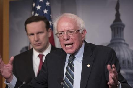 Berni Sanders kampaniyasında çalışan qadınlardan üzr istəyib