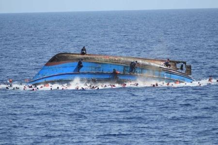 Tunis sahillərində miqrantları daşıyan qayıq batıb, 70 nəfər ölüb