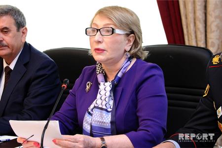 Boşanmalar parlamentin komitə iclasında müzakirə edildi