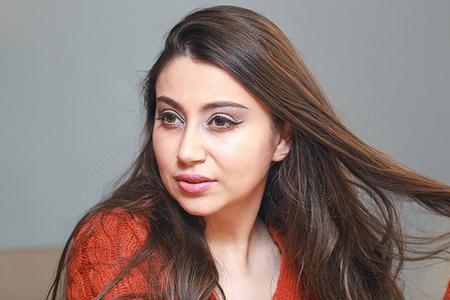 Sosial şəbəkələrdə və bəzi media orqanlarında müğənni Damlaya aid olduğu iddia edilən intim video yayılıb.