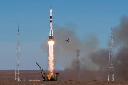 """Pilotlu """"Soyuz"""" raketində startdan sonra qəza baş verib"""