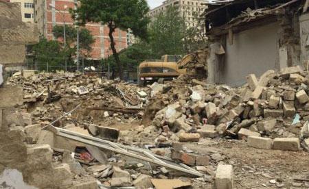 """Məcburi köçkünün evi uçuruldu: """"Bu soyuqda çadırda gecələyirik"""" - ŞİKAYƏT"""