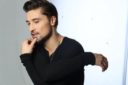 Dima Bilan avtomobil qəzasına düşdü