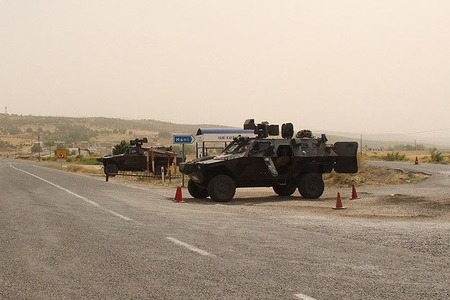Türkiyədə PKK terrorçularının hücumu nəticəsində 1 hərbçi həlak olub, 3-ü yaralanıb