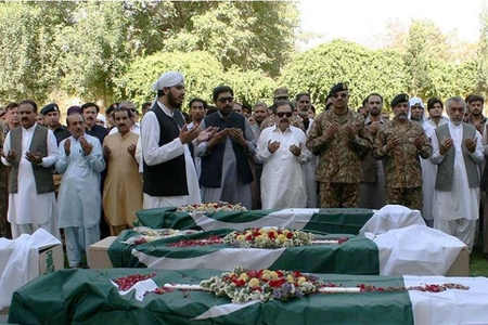 Pakistanda benzin çənində yanğın nəticəsində ölənlərin sayı 148 nəfərə çatıb - YENİLƏNİB