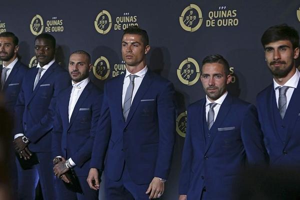"""Ronaldo Portuqaliyada """"İlin ən yaxşı futbolçusu"""" seçilib"""