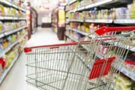 Bakının bəzi supermarketlərində idxal olunan ərzaqların çeşidi kəskin azaldı