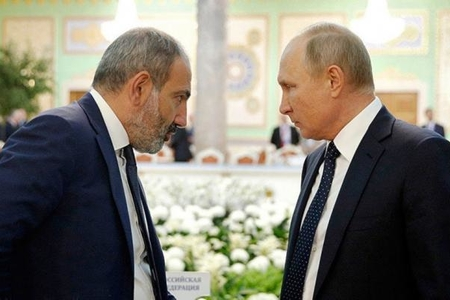 Paşinyanla Putinin telefon danışığı ilə bağlı qalmaqal