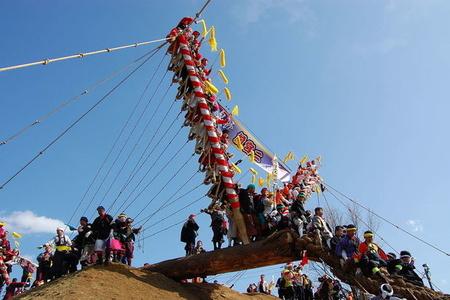 Yaponiyada dünyanın ən təhlükəli festivalı keçirilir