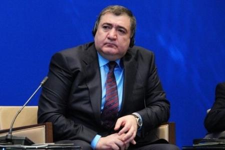 Fazil Məmmədov Bakıya payızda qayıdacaq